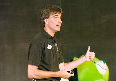 Photo of Randy Pausch speaking on stage.