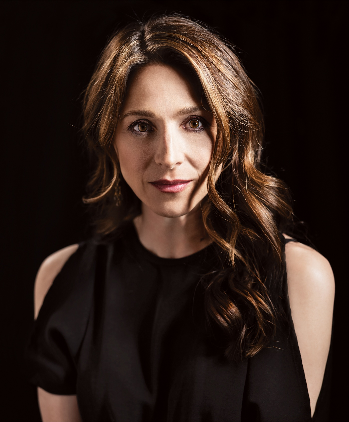 Photograph of Marin Hinkle '88