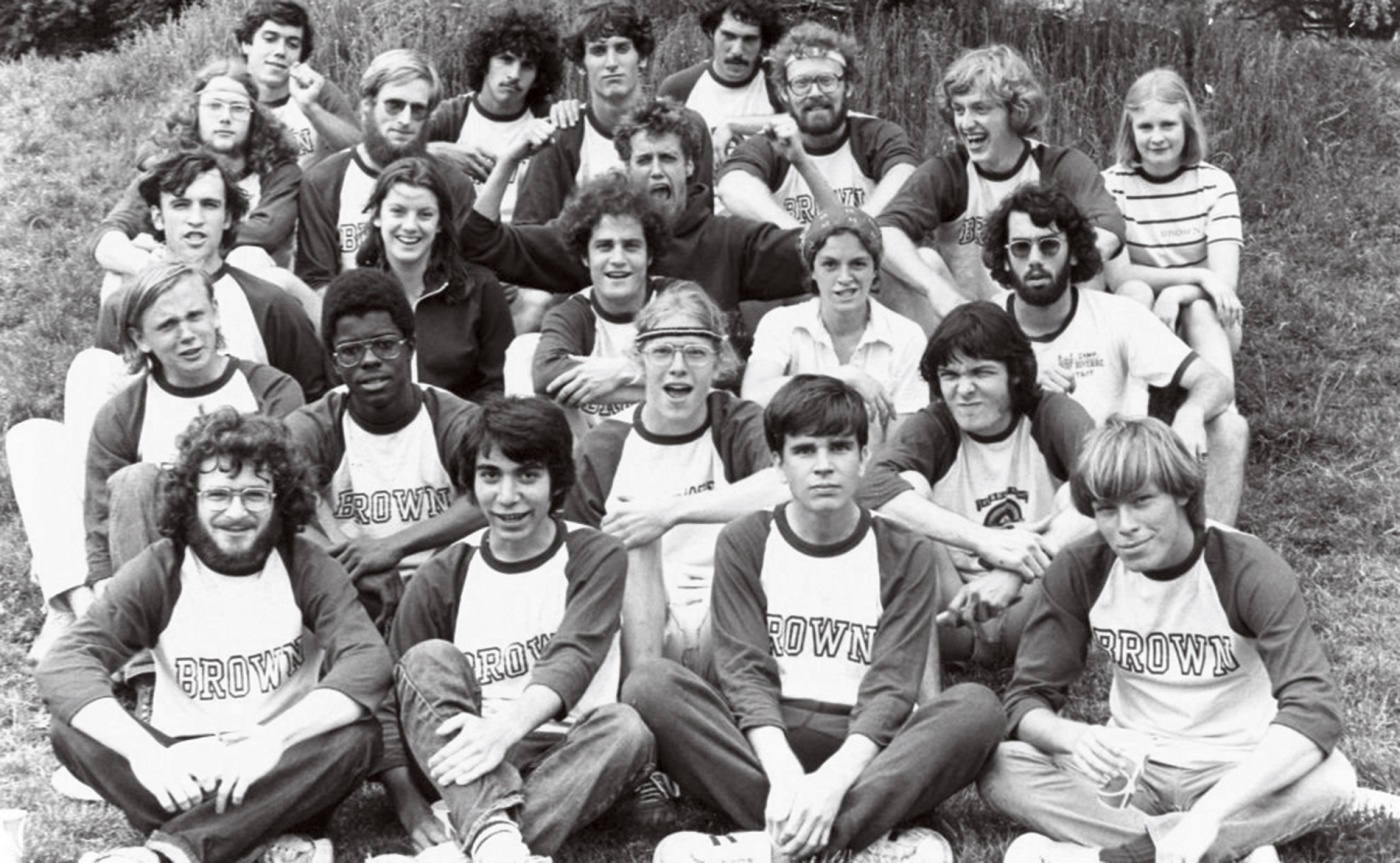 Photograph of Ron Kaufman '78 with his ultimate frisbee team