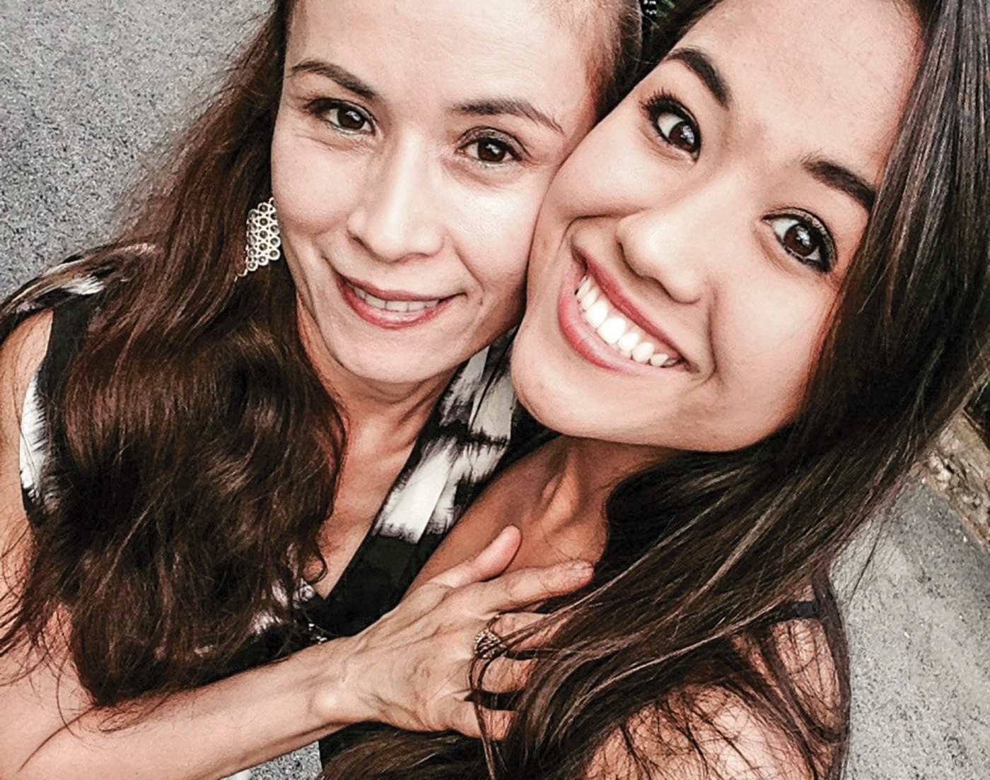 Gulmira Propper and mom Parida