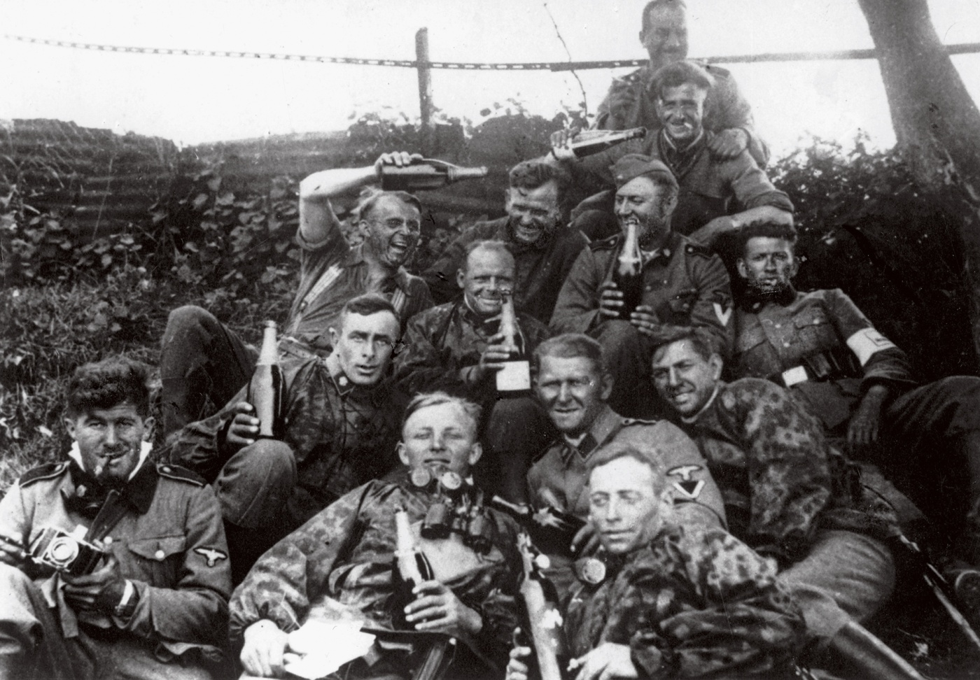 German soldiers celebrate on the Eastern front