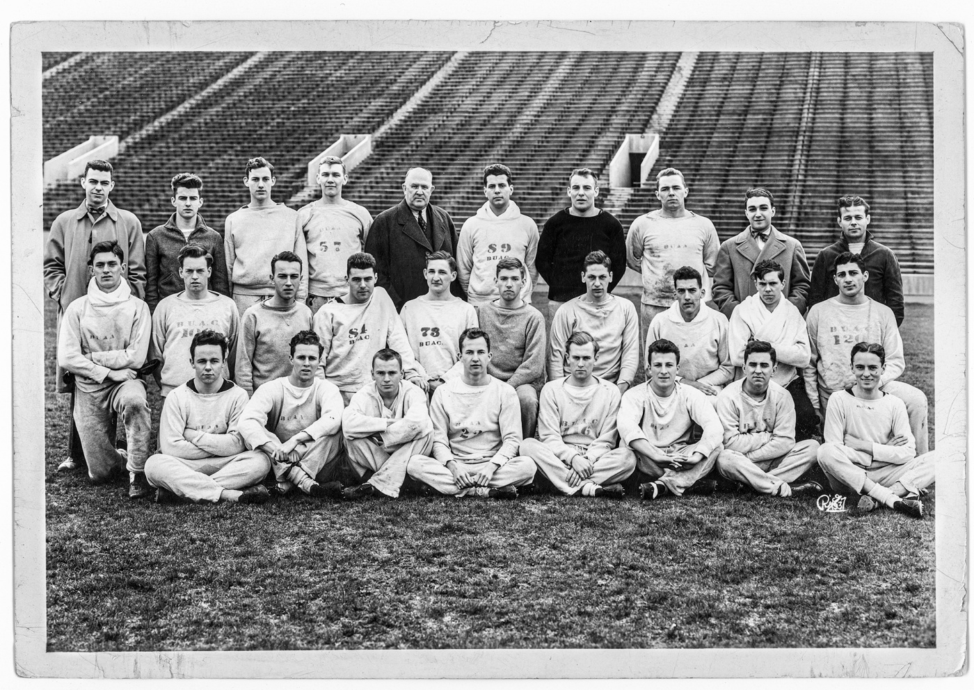 Image of 1940 Brown track team