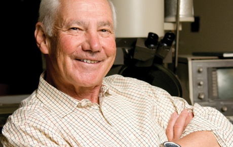 photo of Stanley Falkow PhD '61