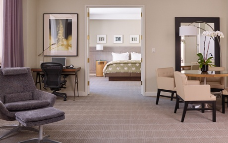 Image of NYC hotel suite